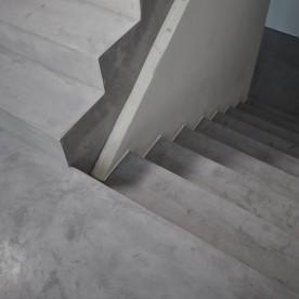 bellissima_beton_cire_escalier_11